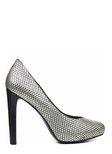 Nine West Deri Stiletto Ayakkabı Altın